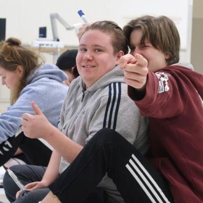 Nuoriso- ja yhteisöohjauksen opiskelijoita